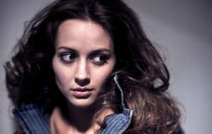 Amy Acker High Definition Wallpapers