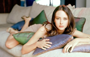 Amy Acker Wallpapers HD