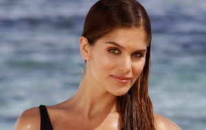 Anahi Gonzales Pictures
