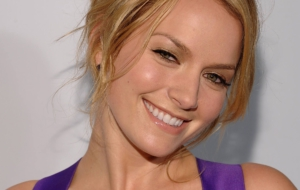 Becki Newton Wallpaper For Computer
