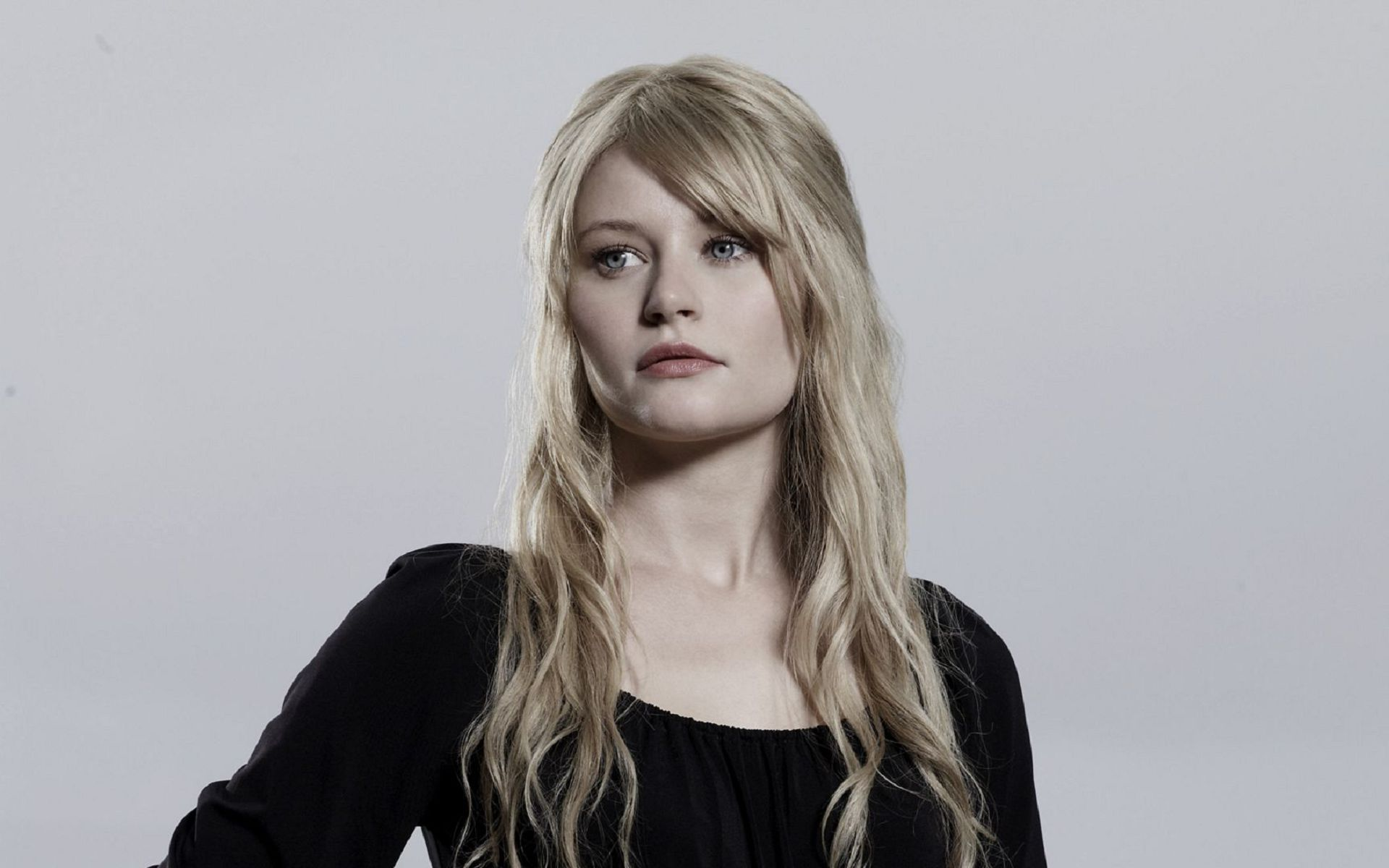 Emilie De Ravin Wallpapers Backgrounds