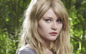 Emilie De Ravin Full HD