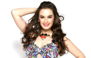 Evelyn Sharma High Quality Wallpapers