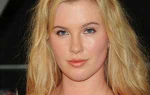 Ireland Baldwin Desktop
