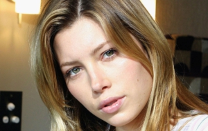 Jessica Biel Wallpaper For Laptop