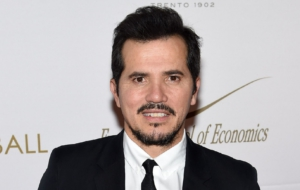 John Leguizamo High Definition