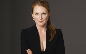 Julianne Moore Desktop