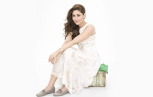 Kareena Kapoor Khan Sexy Wallpapers
