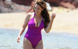 Kelly Brook Wallpaper For Computer