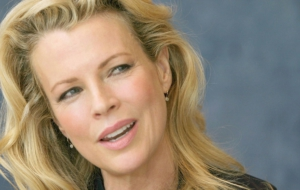 Kim Basinger Wallpapers HQ
