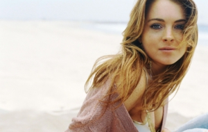 Lindsay Lohan For Desktop Background