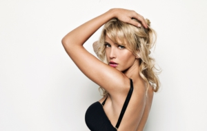 Luisana Lopilato For Desktop