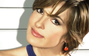 Mariska Hargitay HD Background