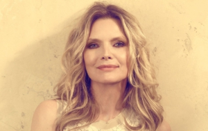 Michelle Pfeiffer Desktop Images