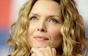 Michelle Pfeiffer Widescreen