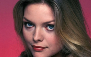 Michelle Pfeiffer For Desktop
