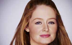 Miranda Otto Wallpaper