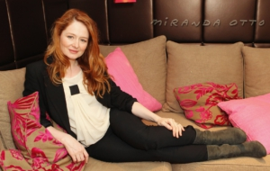 Miranda Otto Wallpapers