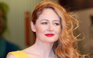 Miranda Otto For Desktop