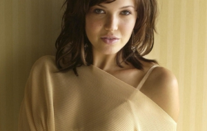 Pictures Of Mandy Moore