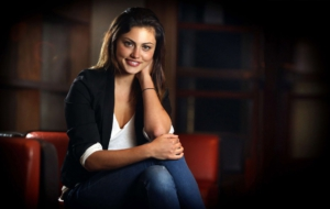 Pictures Of Phoebe Tonkin