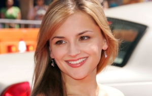 Rachael Leigh Cook HD Wallpaper