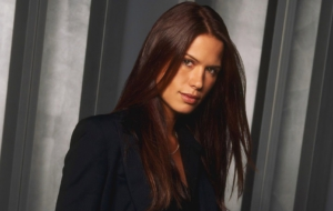 Rhona Mitra Background