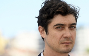 Riccardo Scamarcio Background