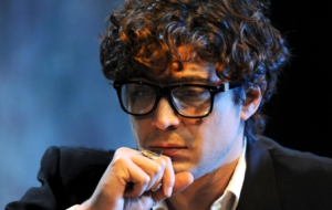 Riccardo Scamarcio HD Background