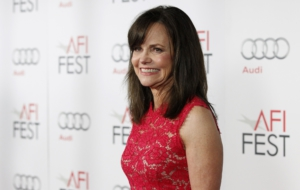 Sally Field Desktop