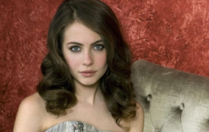 Willa Holland High Quality Wallpapers