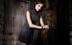 Willa Holland For Desktop