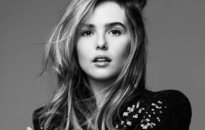 Zoey Deutch HD Wallpaper