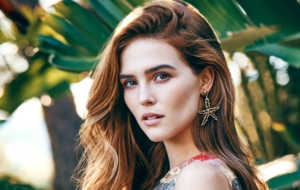 Zoey Deutch Photos