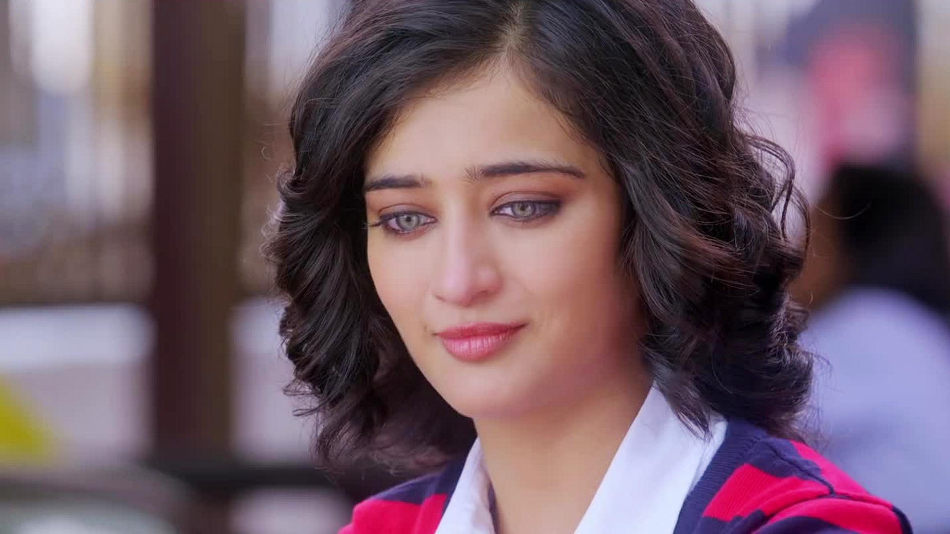 Akshara Haasan Nude Photos 41