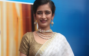 Akshara Haasan Wallpapers HD