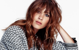 Alexa Chung High Quality Wallpapers