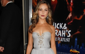 Alexis Dziena High Quality Wallpapers