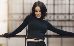 Alizee Computer Backgrounds