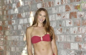 Amanda Righetti HD Desktop