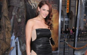 Amanda Righetti Widescreen