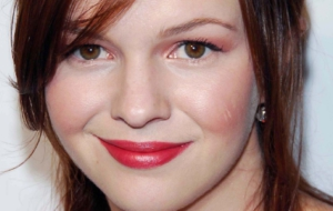 Amber Tamblyn For Desktop