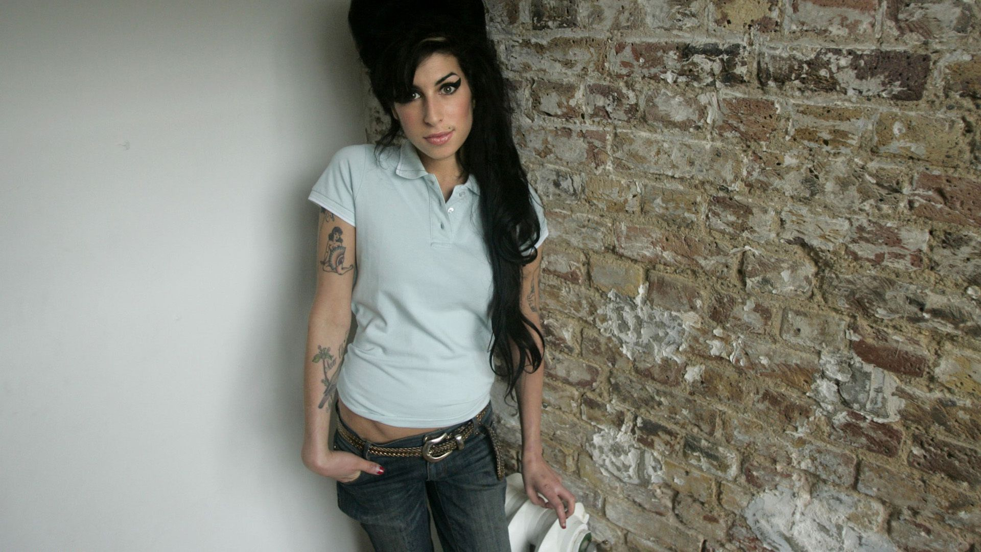amy winehouse wallpapers backgrounds