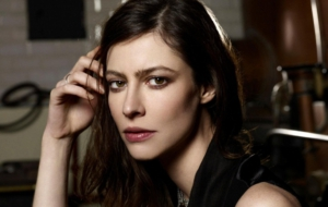 Anna Mouglalis Photos