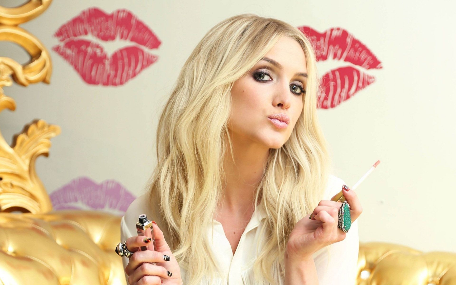 Ashlee Simpson Wallpapers Backgrounds
