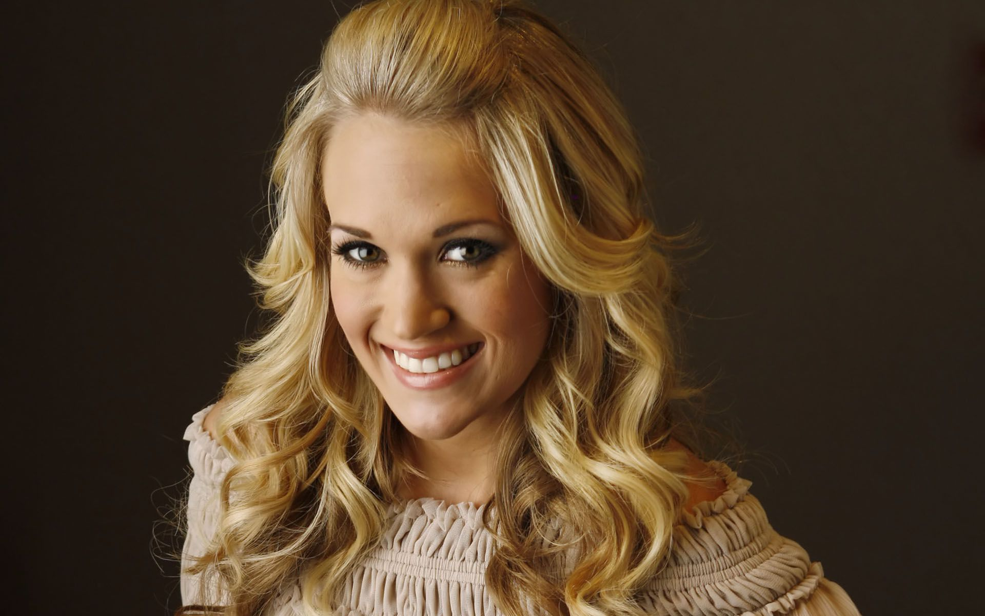 Carrie Underwood 55637
