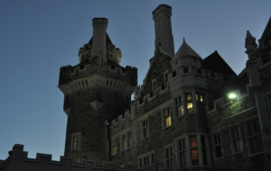 Casa Loma Background