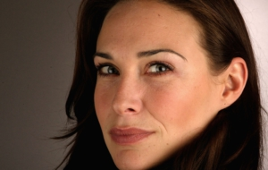 Claire Forlani HD Wallpaper