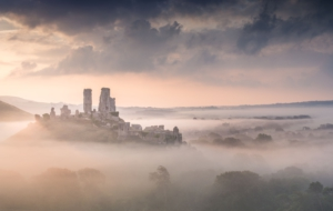 Corfe Castle HD Desktop