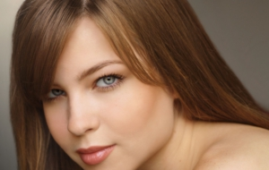 Daveigh Chase Background
